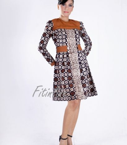 Two Side Folded Belted Dress