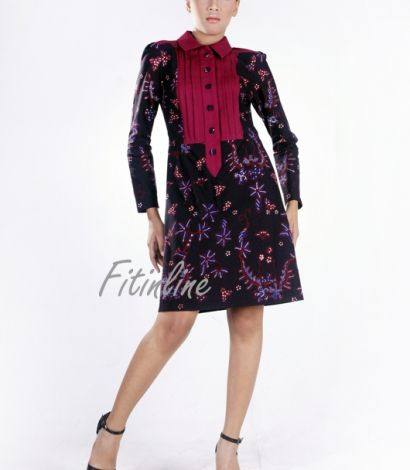 Long Polo Colar with Decorative Frontside Dress